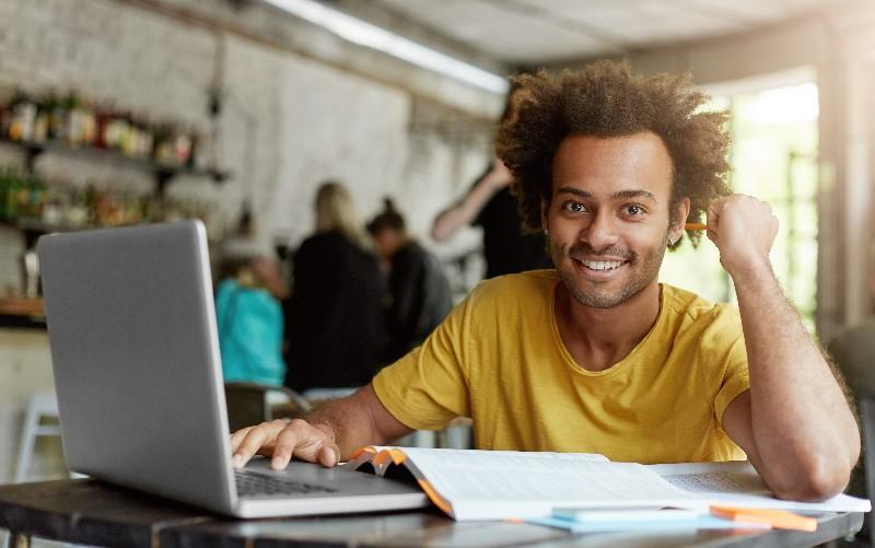 4 Benefícios do marketing de atração para candidatos a trainee e estágio